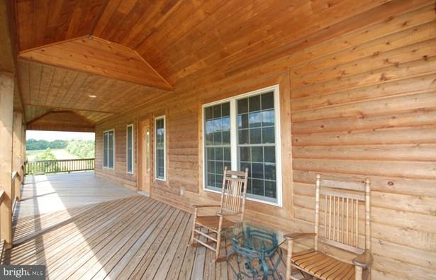 Single Family Residence, Traditional - BENTONVILLE, VA (photo 5)