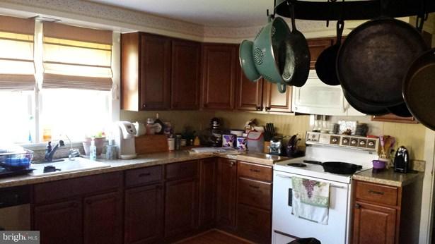 Single Family Residence, Craftsman - TOMS BROOK, VA (photo 2)