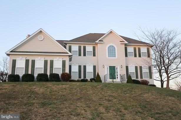 Single Family Residence, Colonial - STRASBURG, VA (photo 2)