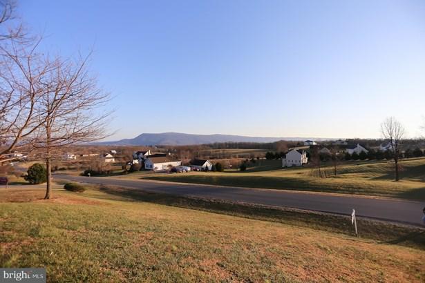 Single Family Residence, Colonial - STRASBURG, VA (photo 4)