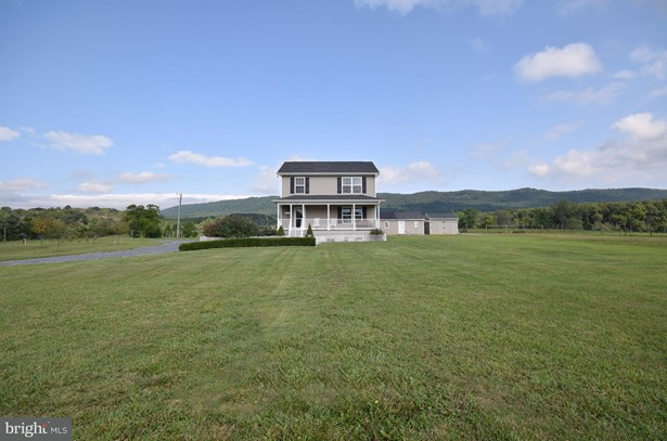 Single Family Residence, Colonial - MAURERTOWN, VA (photo 3)