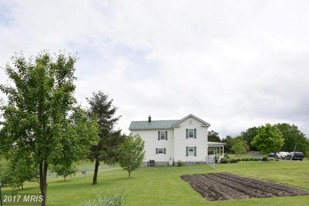 Farm House, Detached - STRASBURG, VA (photo 4)