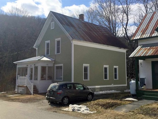 76 Dewey Street, Hardwick, VT - USA (photo 1)