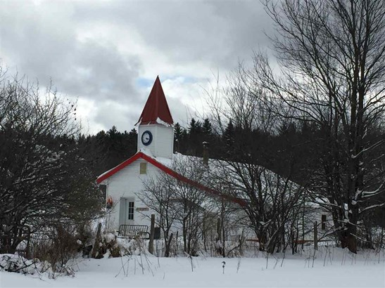 301 Pope Road, Lowell, VT - USA (photo 1)
