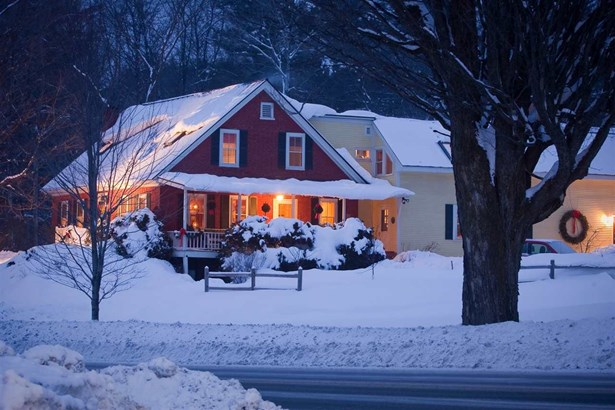 3376 Mountain Road, Stowe, VT - USA (photo 1)