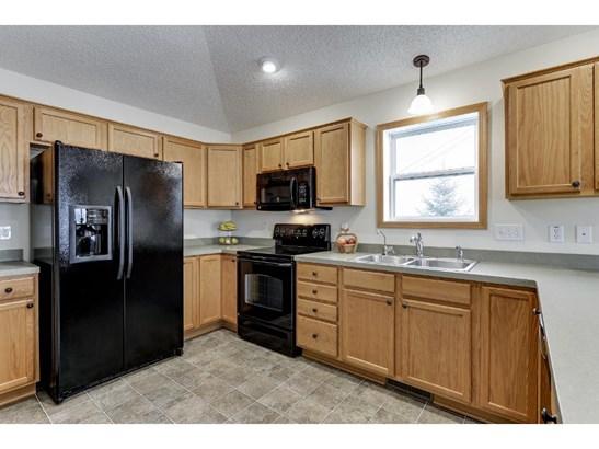 624 7th Street N, Montrose, MN - USA (photo 3)