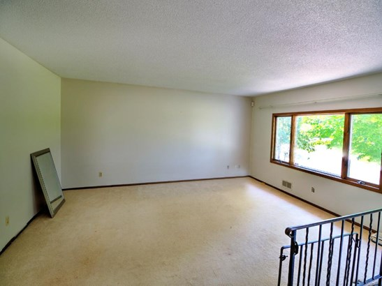 4362 Lodgepole Drive, Eagan, MN - USA (photo 3)