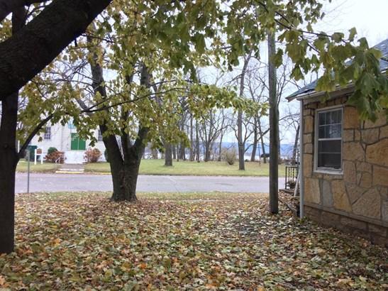 W6322 Main Street, Bay City, WI - USA (photo 3)