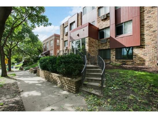 520 Ridgewood Avenue #3, Minneapolis, MN - USA (photo 1)