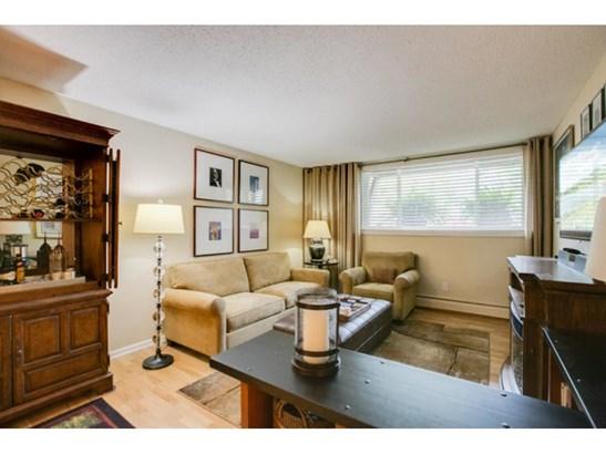 520 Ridgewood Avenue #3, Minneapolis, MN - USA (photo 2)