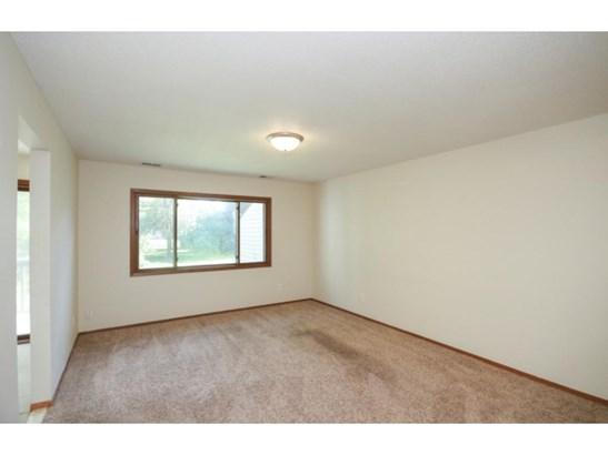 40 94th Circle Nw #202, Coon Rapids, MN - USA (photo 5)