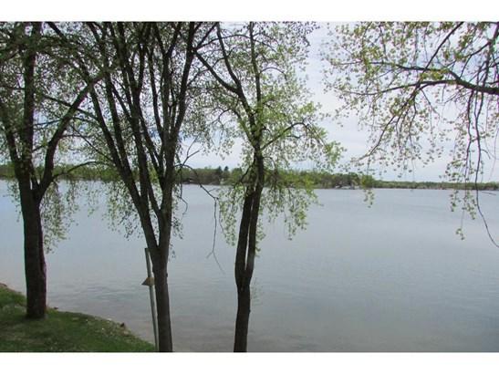 180 Hiawatha Avenue W, Big Lake, MN - USA (photo 3)