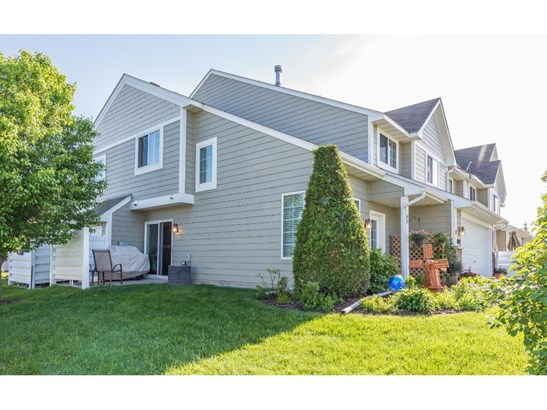 1485 Riverpointe Road E #12, Watertown, MN - USA (photo 2)