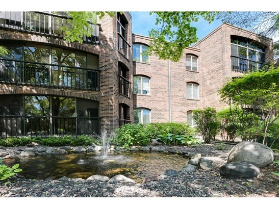 6051 Laurel Avenue #109, Golden Valley, MN - USA (photo 1)