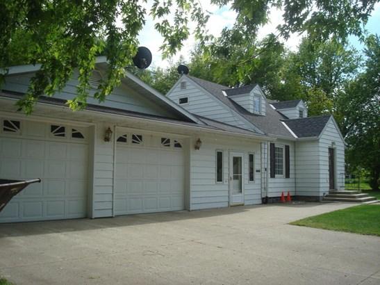 348 E Thielke Avenue, Appleton, MN - USA (photo 2)