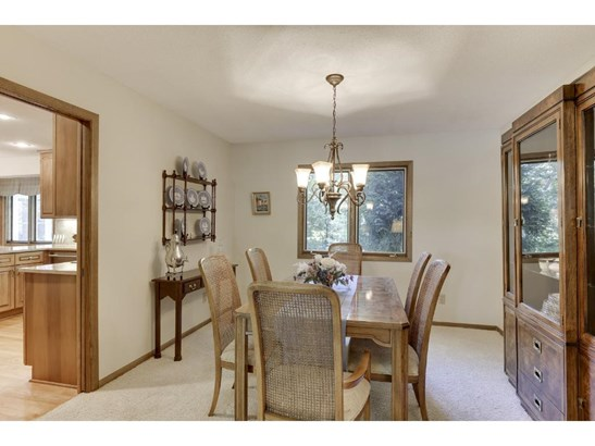 6001 Dewey Hill Road, Edina, MN - USA (photo 4)