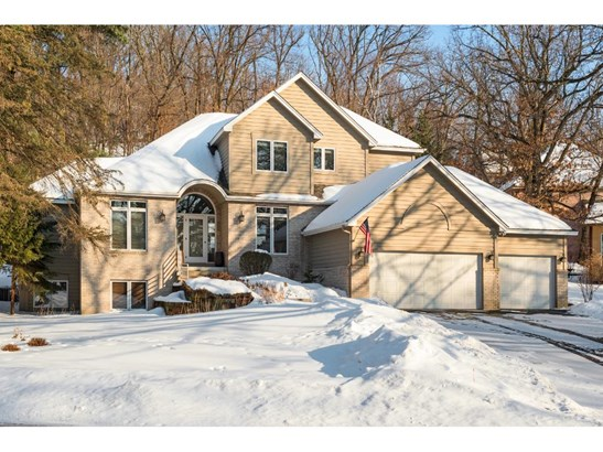 8917 Wood Cliff Road, Bloomington, MN - USA (photo 1)
