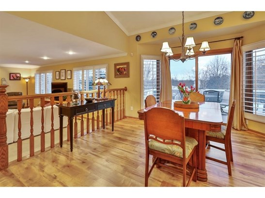 1240 Countryview Circle, Maplewood, MN - USA (photo 4)