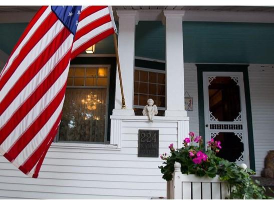 224 N Adams Street, St. Croix Falls, WI - USA (photo 2)