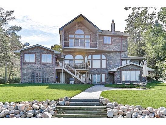 3191 Shorewood Drive, Arden Hills, MN - USA (photo 4)