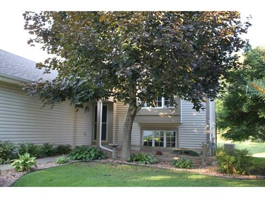 8135 Joliet Avenue S, Cottage Grove, MN - USA (photo 2)