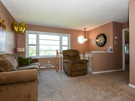 7409 Saint Raphael Drive, New Hope, MN - USA (photo 3)