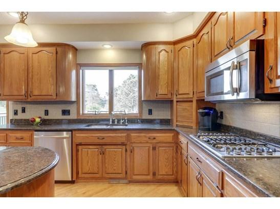 9457 Wedgewood Drive, Woodbury, MN - USA (photo 4)