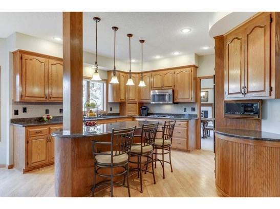 9457 Wedgewood Drive, Woodbury, MN - USA (photo 5)