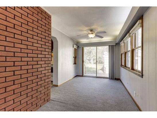 2258 W 105th Street, Bloomington, MN - USA (photo 5)