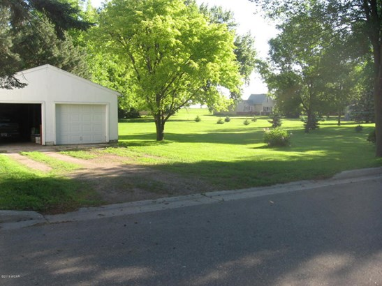320 Fremont Avenue Nw, Renville, MN - USA (photo 4)