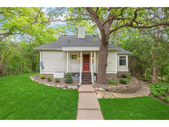 215 Cedar Street, Birchwood, MN - USA (photo 1)