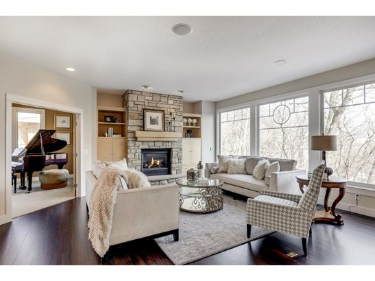 3595 Woodland Court, Eagan, MN - USA (photo 3)