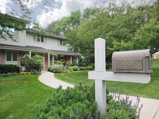 4505 Heathbrooke Circle, Golden Valley, MN - USA (photo 3)