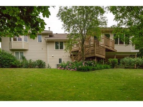 8592 Hiawatha Avenue, Eden Prairie, MN - USA (photo 2)