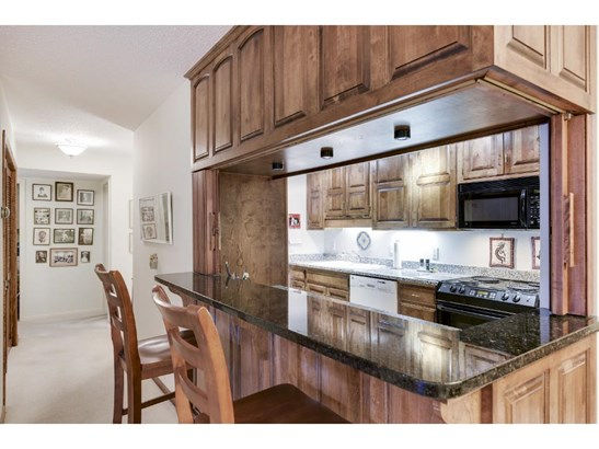 7250 Lewis Ridge Parkway #115, Edina, MN - USA (photo 5)