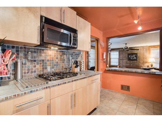 3216 Chowen Avenue N, Robbinsdale, MN - USA (photo 5)