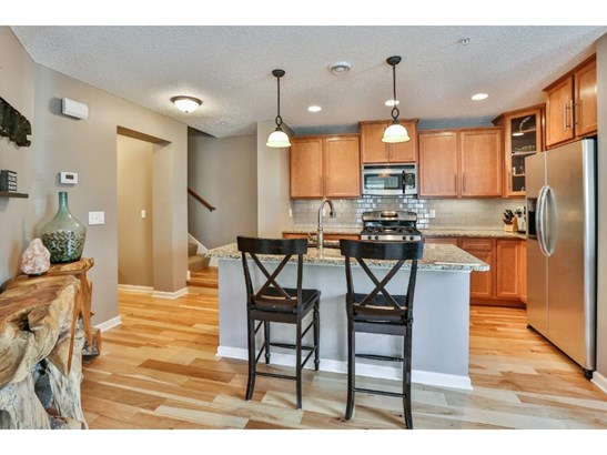 2119 Cedar Grove Trail, Eagan, MN - USA (photo 4)