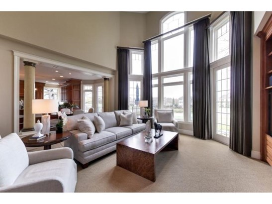 18230 Bearpath Trail, Eden Prairie, MN - USA (photo 3)