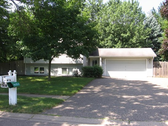 8102 137th Street W, Apple Valley, MN - USA (photo 1)