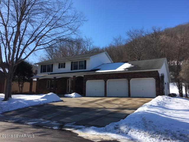 237 Oak Leaf Drive, Winona, MN - USA (photo 2)