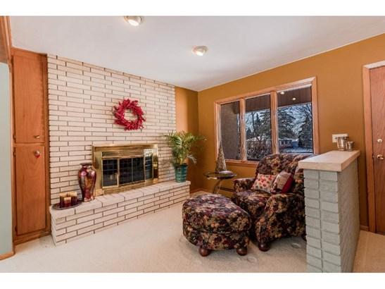 8854 Bacardi Avenue, Inver Grove Heights, MN - USA (photo 5)