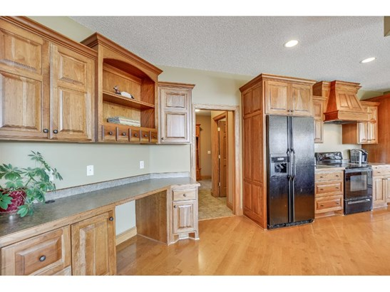 22171 Logan Avenue, Lakeville, MN - USA (photo 5)