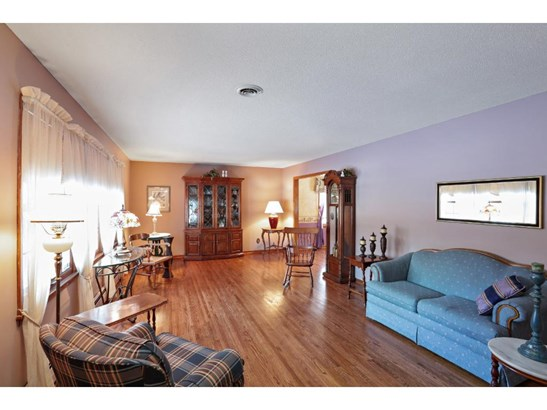 1154 Orchard Place, Mendota Heights, MN - USA (photo 2)