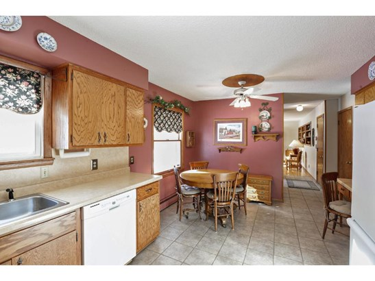 1154 Orchard Place, Mendota Heights, MN - USA (photo 4)