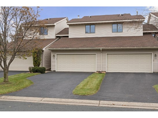 1316 Sunview Drive, Shoreview, MN - USA (photo 1)