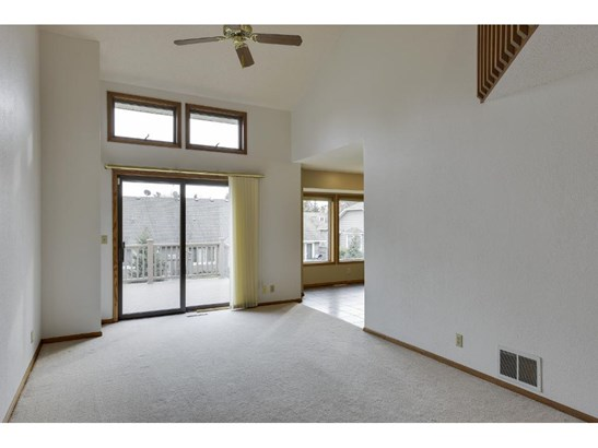 1316 Sunview Drive, Shoreview, MN - USA (photo 2)