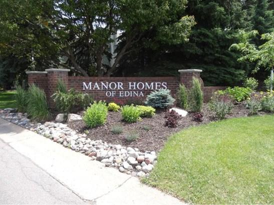 6896 Langford Drive, Edina, MN - USA (photo 1)