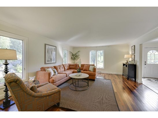 7004 Tupa Drive, Edina, MN - USA (photo 3)