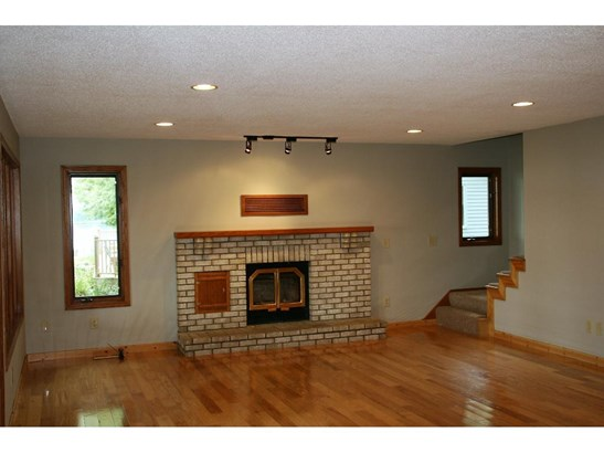 26997 Jonquil Drive, Chisago City, MN - USA (photo 4)