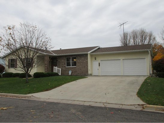 307 Westgate Drive, Winsted, MN - USA (photo 1)